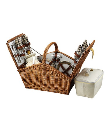 Traditional Picnic Basket. LOVE THIS!