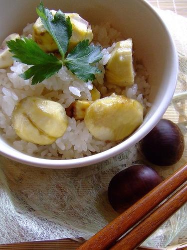 Chestnuts rice (kuri gohan)    chestnuts, glutinous rice, rice, sake, mirin, salt, konbu   It's a Japanese traditional food.