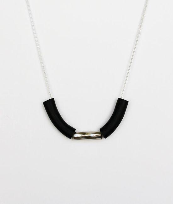 black swirl tube necklace