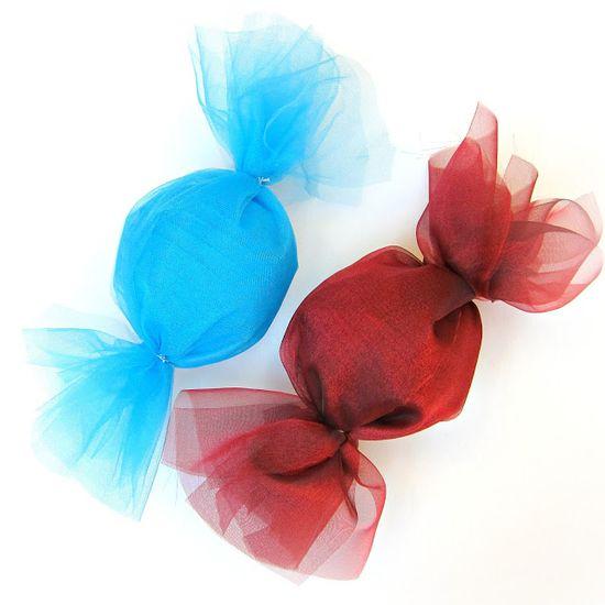 morena's corner: DIY Party Idea: Giant Candy Decor