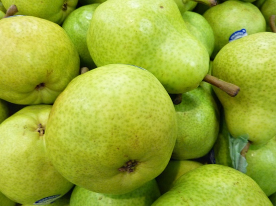 green on green pears