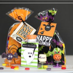 free halloween tags at www.iheartnaptime...