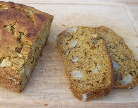 The Art of Cooking Real Food: Pear Studded Pumpkin Bread
