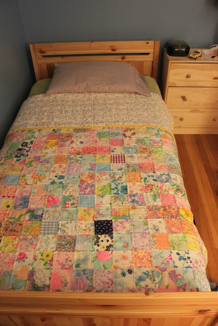 Pretty handmade quilt from Green Mittens