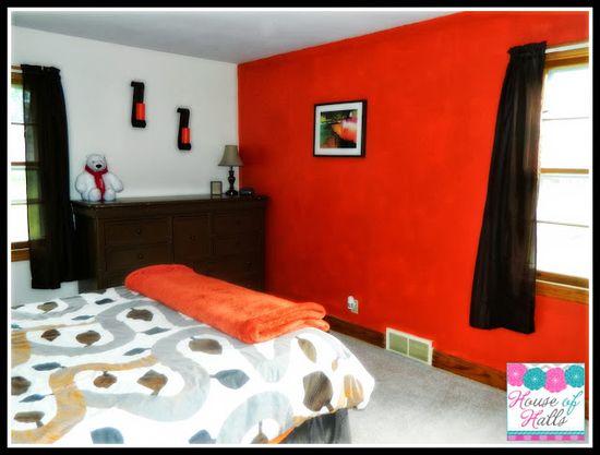 orange guest bedroom #decor #bedroom #house #paint #orange
