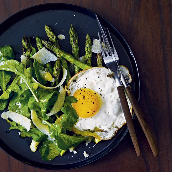 Grilled Asparagus Salad with Fried Eggs // More Main-Course Salads: www.foodandwine.c... #foodandwine