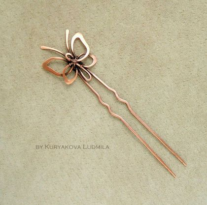 L O V E this sweet little butterfly hair pin by WireDream!