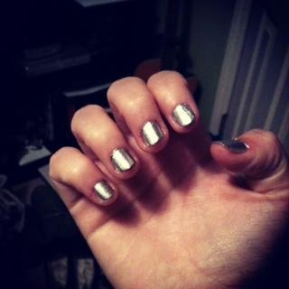 metallic nails for fall 2012