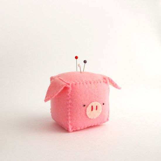 Cube Pig Pincushion stuffed and soft toy by trepuntozerocivette, €10.00