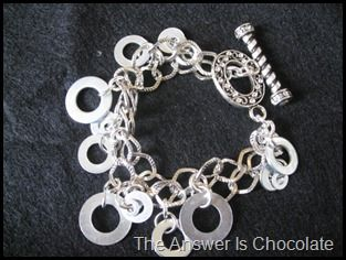 Washer Charm Bracelet Tutorial....too cute!