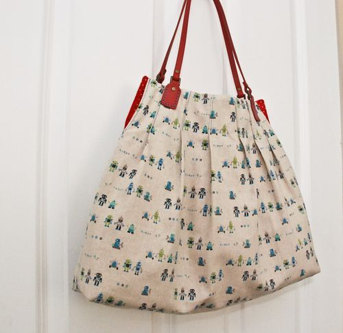 """""""For Pleat's Sake"""" bag tutorial... with free downloadable PDF file"""