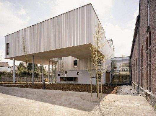 New wing of the Charleroi Museum of Photography / L'Escaut Architectures