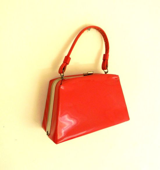 Vintage Handbag  Red 1960s Purse by CarolinaRoses on Etsy, $16.00