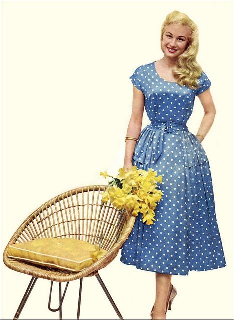 The 1950s blue dress
