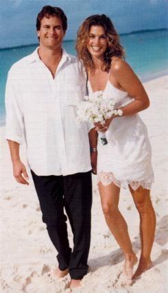 Cindy Crawford married Rande Gerber on May 29, 1998.