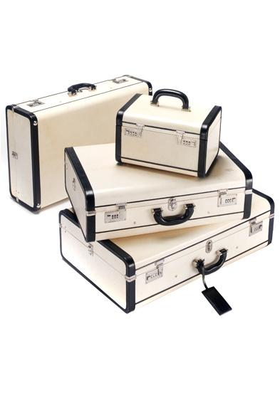 Prada pergamena luggage