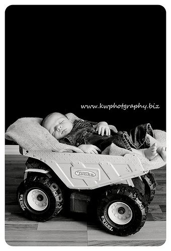 Baby boy photography via kwphotography.net