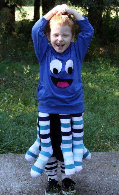 Cute costume idea.