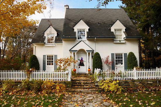 autumn home among trees ?