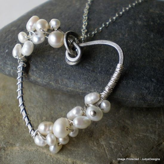 #Valentine Heart Pearl Necklace wire wrapped by @JudysDesigns #handmade #jewelry @Etsy @Etsy D-Listers #dteam