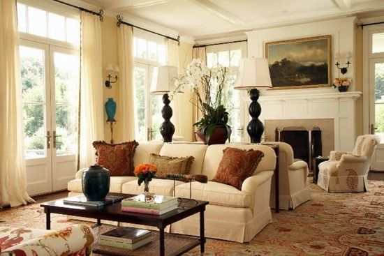 Interior decor in the colonial style