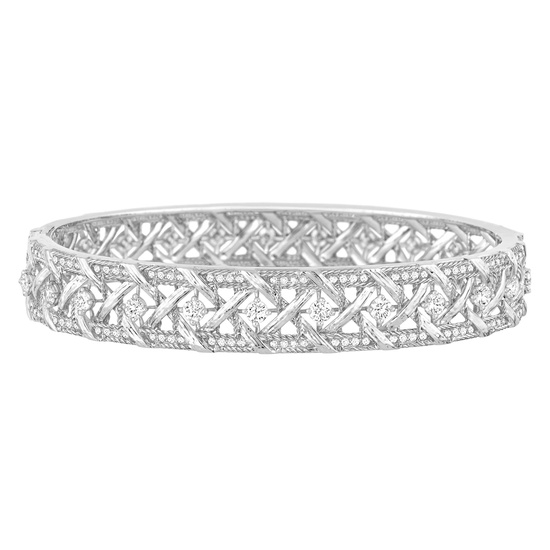 My Dior - Bracelet in 18K white gold and diamonds. Discover more on www.dior.com