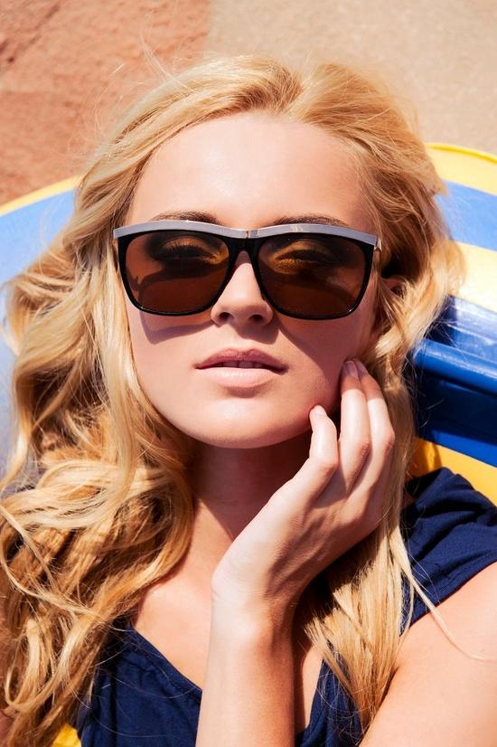 womens designer sunglasses,designer aviator sunglasses,sunglasses for women,burberry sunglasses women www.shoppingoutle...