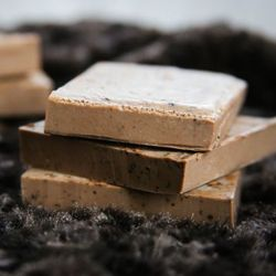 How to make cocoa mint soap at home.
