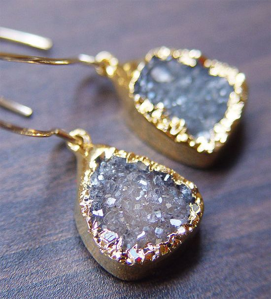 gorgeous earrings  #jewelry  #gold  #fashion