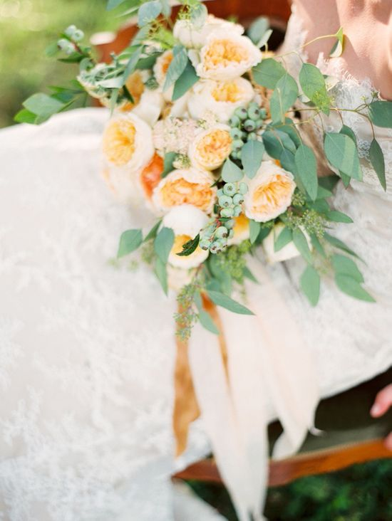 peach and green wedding bouquet www.weddingchicks...