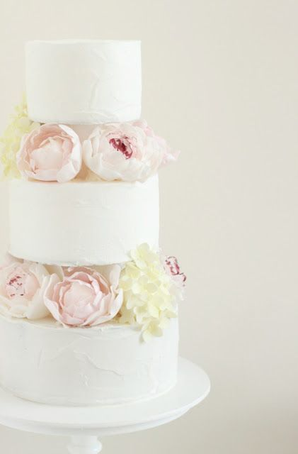 peony wedding cake    ECKMANN STUDIO LOVE
