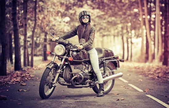 Autumn Racer Girl