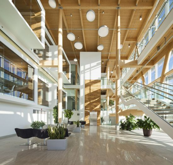 Administrative Building of Glaxo Smith Kline in Quebec by Co Architecture