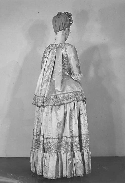Casaquin and Skirt Date: ca. 1778 Culture: French Medium: silk