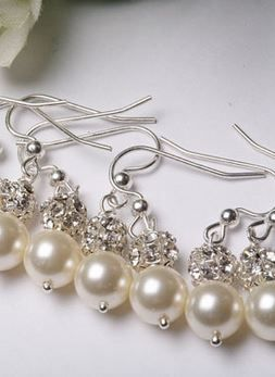 pearl earrings #bridesmaids