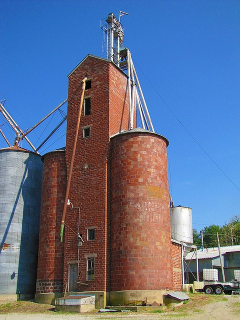 Farmers Union Elevator - Eudora KS