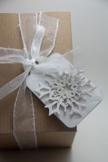 Homemade Cards by Erin: snowflake tags