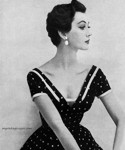 1950s polka dot perfection. #vintage #dress #model #1950s #hair
