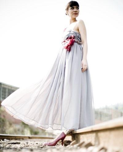 Gray sparrow dress