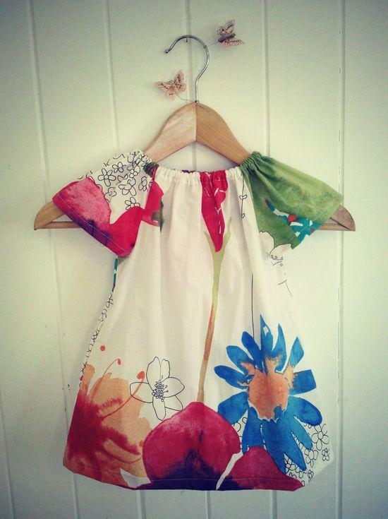 Girls Dress: The Pocket Play Dress . Garden