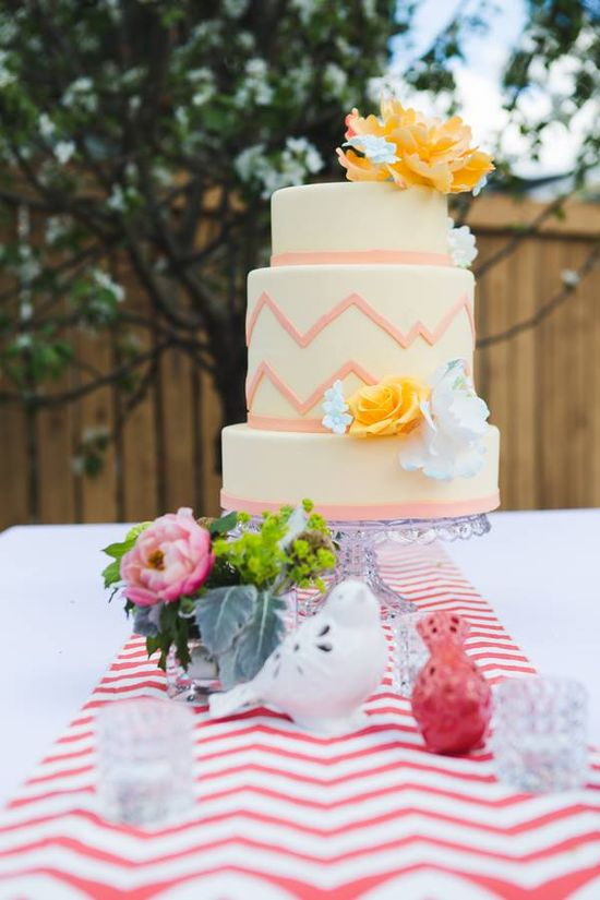 wedding cake #weddingcakes {Rachel Foley Photography}