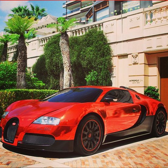 Stunning Red Chrome Bugatti Veyron. Click to see cool #Bugatti videos and pics