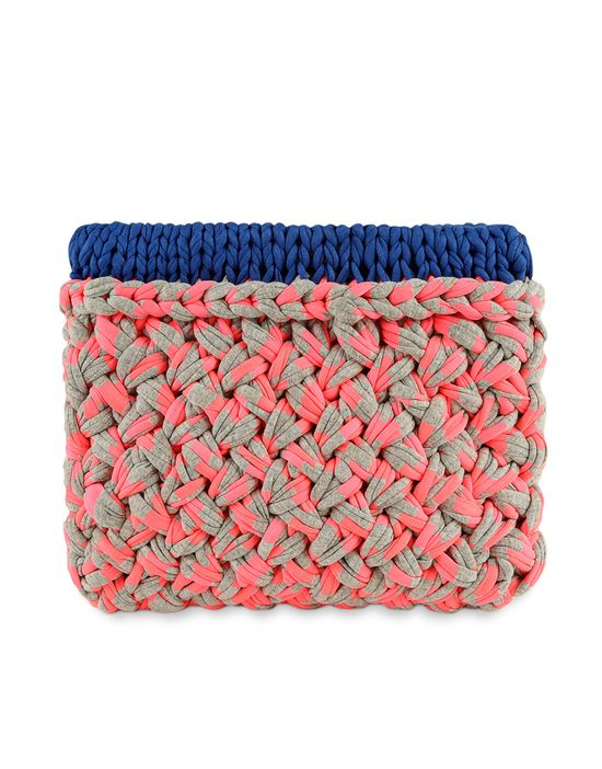 Hold Tight Clutch #madeunique by Kathryn #woolandthegang #diy #fashion #accessories