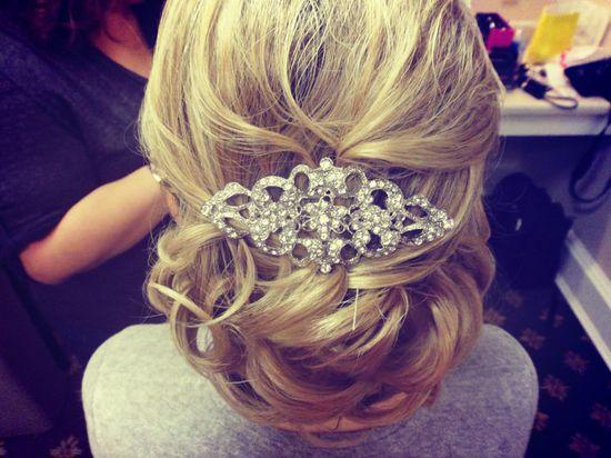 Pretty hair accessory #updo