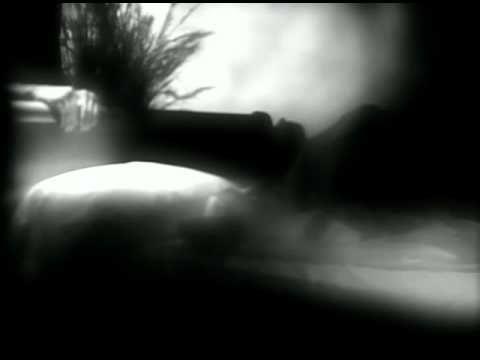Bonnie Raitt ~~~ I can't make you love me...........great song
