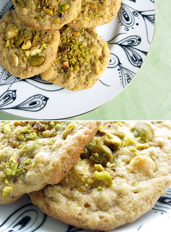 pistachio and white chocolate chip cookies