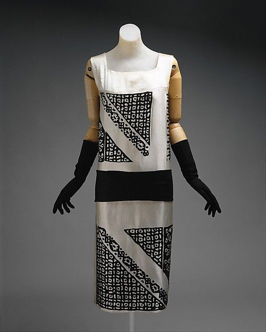 Dress  House of Lanvin  (French, founded 1889)  Designer: Jeanne Lanvin (French, 1867–1946) Date: ca. 1924 Culture: French Medium: silk, wool