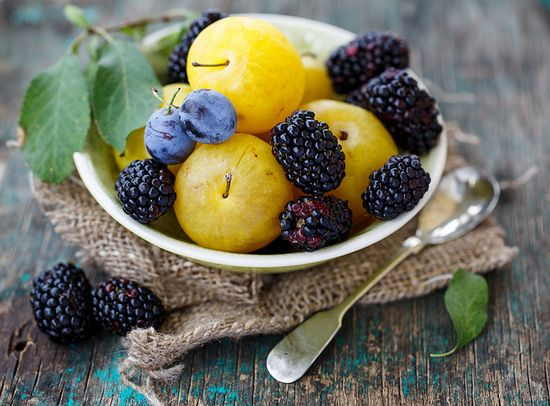 Plums and blackberry