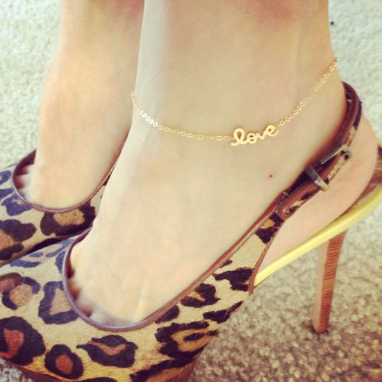 Love Anklet / Delicate Dainty Jewelry Celebrity Inspired Everyday Necklace/ Louun