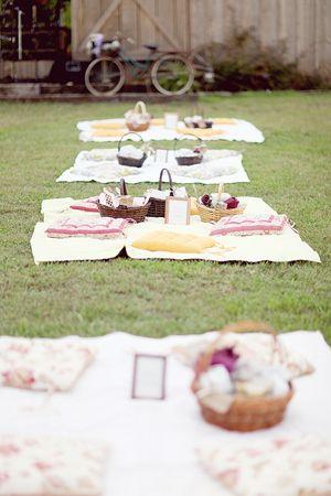 adore this picnic reception!